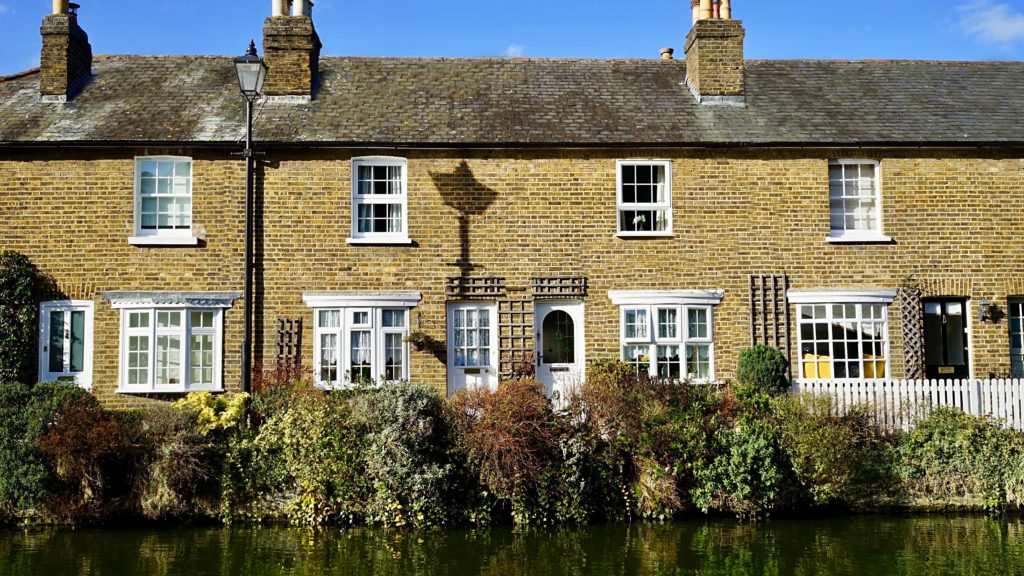 The Benefits of Using Readings As Your Ratby Estate Agents